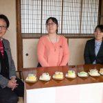 桃カステラ食べ比べ (5)
