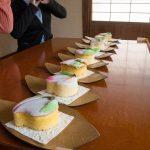 桃カステラ食べ比べ (4)