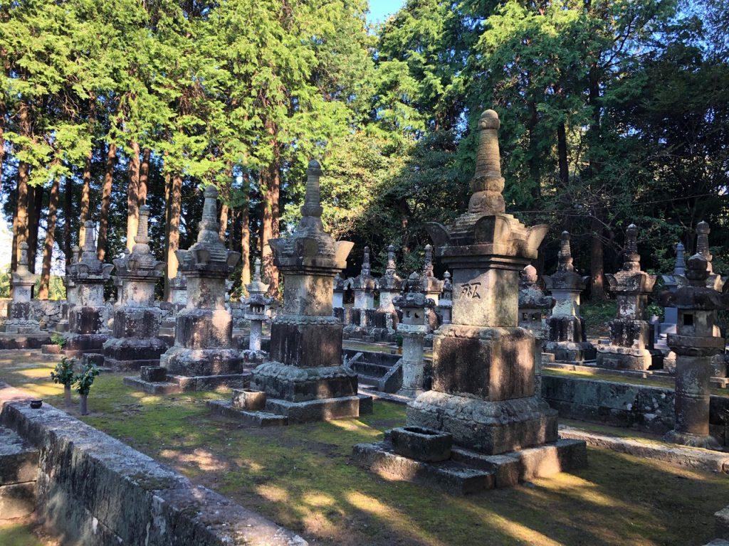 神代鍋島家墓所(神代町)