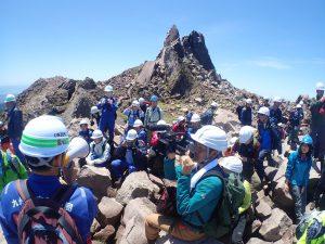 防災関係者との平成新山防災調査登山 (2019年5月)